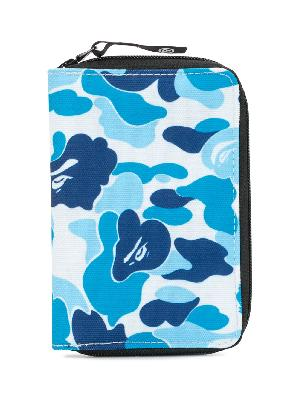 A BATHING APE® camouflage zipped wallet