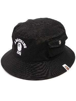 A BATHING APE® logo print bucket hat