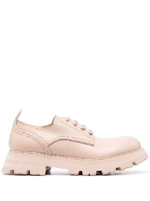 Alexander McQueen Wander lace-up shoes