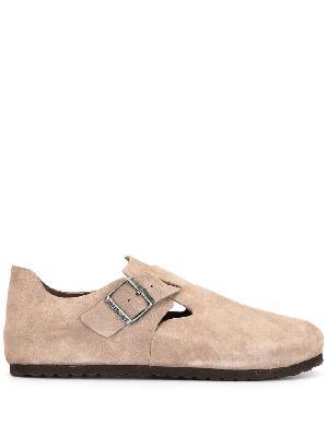 Birkenstock buckle-fastening shoes