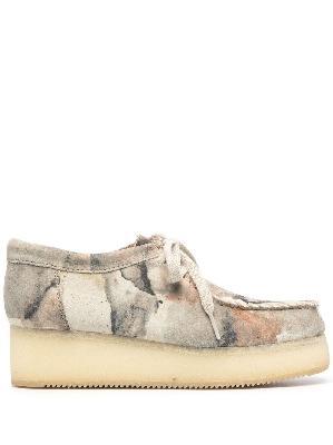Clarks Originals camouflage-print lace-up shoes