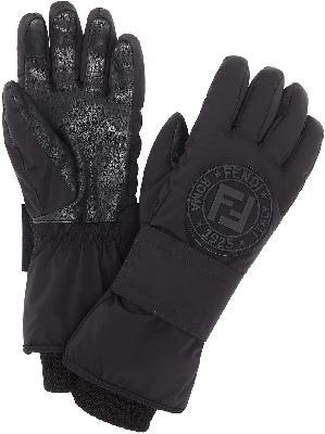 Fendi logo patch snow gloves