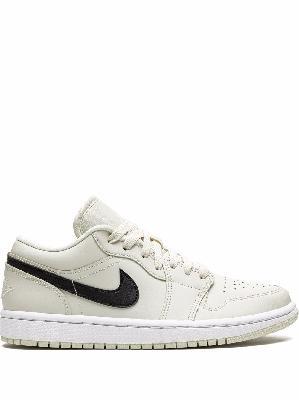Jordan Air Jordan 1 sneakers