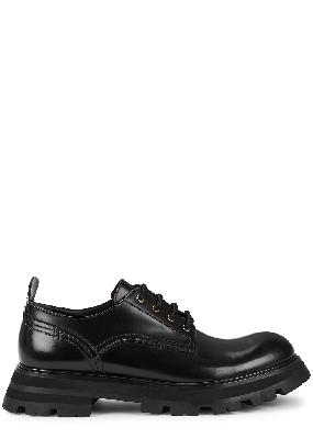 Wander black glossed leather shoes